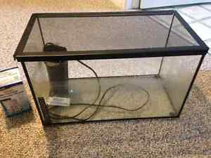 10 gallon tank,  comes with filter and lid Peterborough Peterborough Area image 1