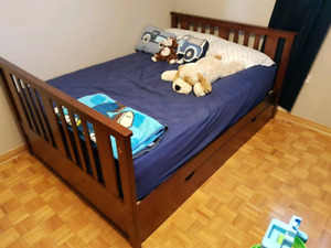 Double bed with storage pick up asap
