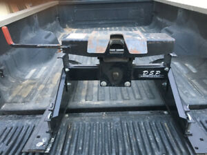 5th Wheel Hitch for sale