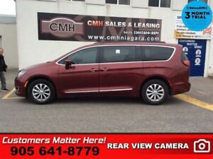2017 Chrysler Pacifica Touring-L  LEATH CAM PWR-SLIDERS/GATE REA
