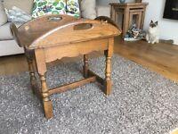 Vintage Old Charm Tudor Oak Butlers tray coffee table.