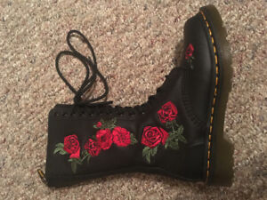 Original Dr. Marten's Vonda Boots!