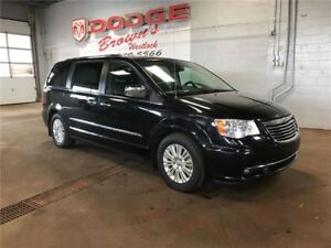 2013 Chrysler Town & Country -