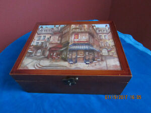 Like new wooden teabags decorative box