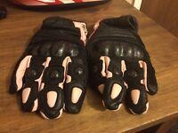 Rayven motorcycle gloves