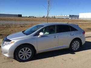 2012 Toyota Venza LE | leather | loaded | all wheel drive