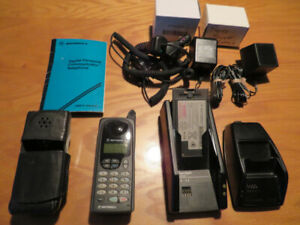 Vintage Motorola Cell Phone with accessories