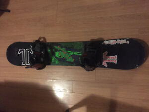 """Tech nine """"the flying nugg"""" snowboard full set up"""