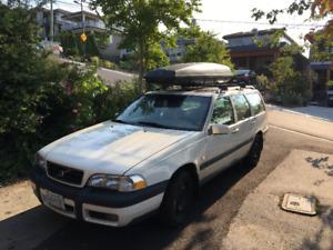 2000 Volvo V70 XC Wagon