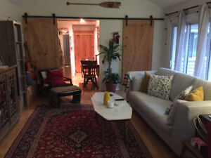 Brights Grove Monthly Cottage Rental Available July 1st