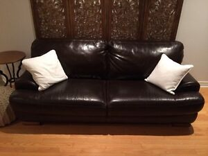 Leather couches for sale Cornwall Ontario image 1