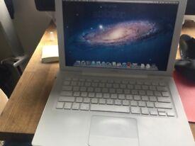 Apple macbook computer