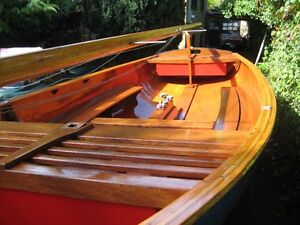 Thistle Class Sailboat - MINT condition