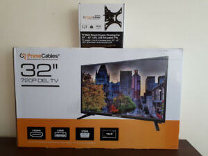 PrimeCables 32'' HD LED TV 720p + TV Wall Mount