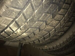 pneus(4) Champiro wt-65   215/65/r16