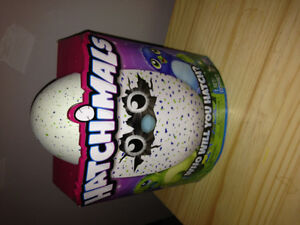 BNIB Draggle Hatchimal