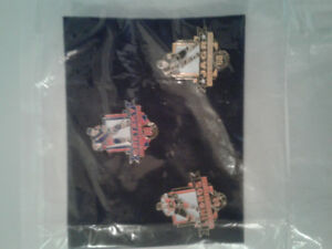 1999 Avon NHL pin sets. 6 pins in all.
