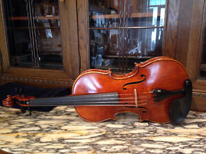 """Viola Wooden 15.5"""" inches made in Hungary"""