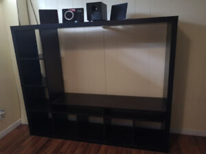 TV Unit with MP3 Disc Playback in good conditions! $45.00