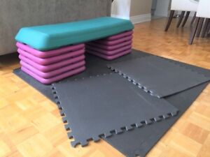 Exercise step with 5 risers and interlocking rubber mat