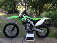 Showroom Condition Kawasaki KXF 450