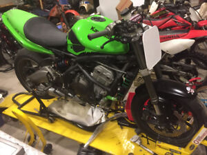 SOLD 650 Ninja race/track day bike best of everthing SOLD