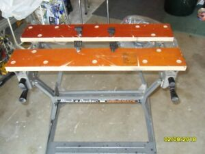 BLACK &  DECKER  WORKMATE BENCH + SAW HORSES