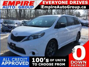 2012 TOYOTA SIENNA SE * LEATHER/CLOTH * REAR CAM * SUNROOF * 8 P