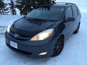 2006 Toyota Sienna LE V6 7 pass Remote Start Finance OAC