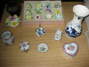 BIBELOTS, ANIMAUX, FIGURINES DE COLLECTION EN PORCELAINE
