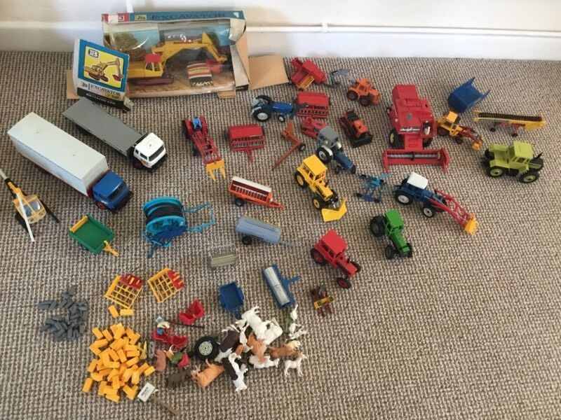 Collection of britains farm toys in crewkerne somerset gumtree - Britains craziest sheds competition ...
