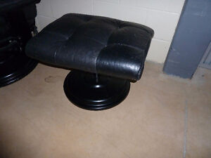 Leather Recliner & Ottoman West Island Greater Montréal image 3