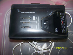 Portable GE AM/FM radio and cassette player
