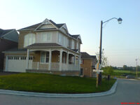 Newmarket - Detached House - Near Upper Canada Mall