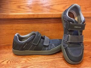 Geox Shoes Young boys US size 6 :)