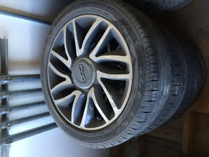 Fiat 500L tires and wheels