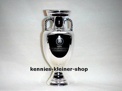 EM-Pokal 80 mm freistehend UEFA Euro 2012 tm Cup EC Winner Spain Copa Espana segunda mano  Embacar hacia Spain