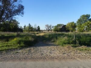 Great Acreage just outside Brids Hill Park
