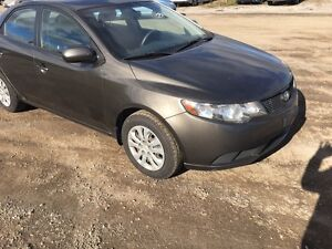 2010 Kia forte London Ontario image 6