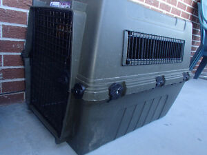 XL Dog Crate/Kennel - Petmate Deluxe Vari Kennel