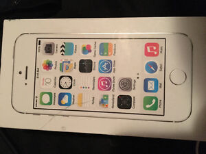 Selling white iPhone 5s