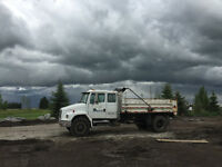 2001 Freightliner Single axle Dump Truck