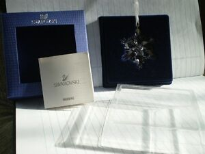 "Swarovski Crystal Figurine-"" Little Snowflake Ornament "" #9400NR Kitchener / Waterloo Kitchener Area image 3"