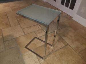 Table et maison corbeil achetez ou vendez des meubles dans grand