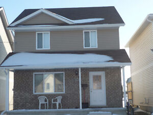 3+2 bedrm, open concept, available now