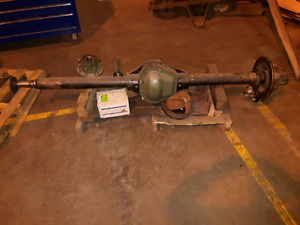 DANA 70HD rear axle with rotors and calipers