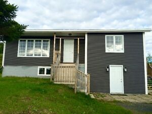 Stunning bungalow on  5.3 acres; MLS® #: 1132836