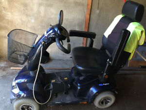 INVACARE PEGASUS 4-WHEEL MOBILITY SCOOTER
