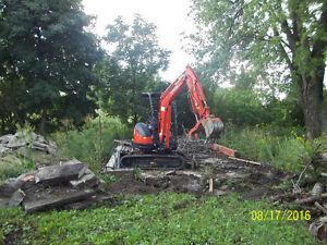 Digger.Diggin mini excavating London Ontario image 3