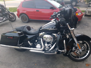 2013 Harley Street Glide - Fully loaded